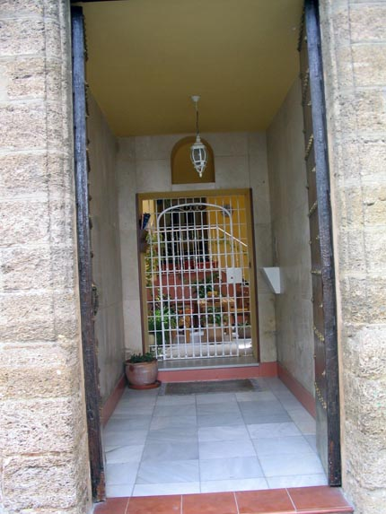 elpuertodesantamaria_portales_430.jpg