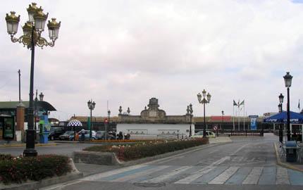 plazadelasgalerasreales_lonja_430.jpg